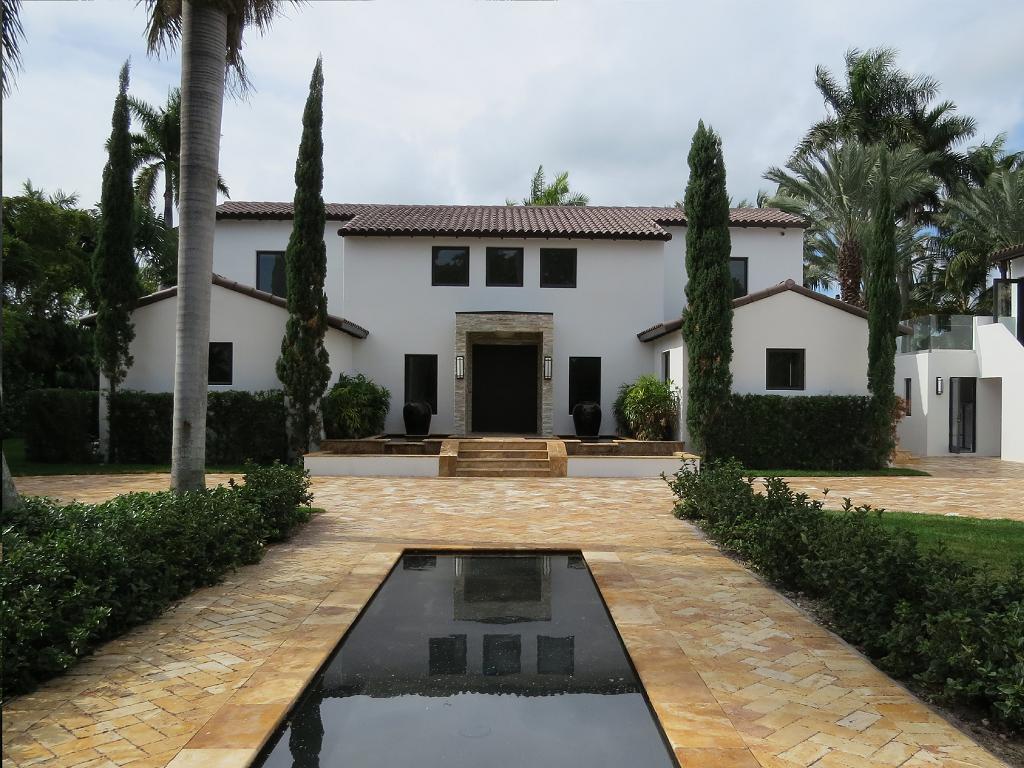 Villa capri luxury villa rental sobe villas for Villas in capri