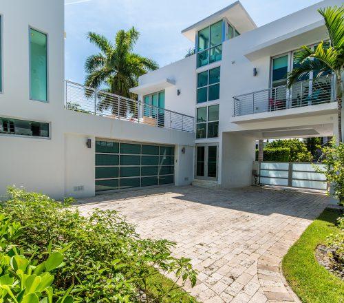 Villa modani modern luxury villa miami sobe villas for Miami home design usa