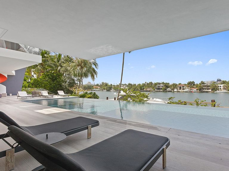 Image of Villa Sonyah - Luxury Waterfront Villa Miami